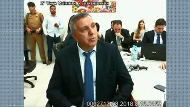 Pai e irmã de Tatiane Spitzner falam do comportamento de Luís Felipe Manvailer - O médico disse que ela não tinha sinais de depressão.