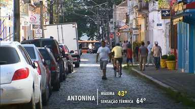 Sensação térmica em Antonina chega aos 64 graus - A previsão é de mais calor e chuva para o fim de semana.