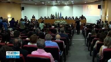 Tribunal Regional do Trabalho tem todo comando - Desembargadora Vilma Leite Machado Amorim tomou posse nesta sexta-feira.