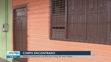 Mulher é encontrada morta dentro da própria casa em Macapá - Caso foi no bairro Buritizal. Vizinhos acionaram a polícia na tarde desta sexta-feira (14).