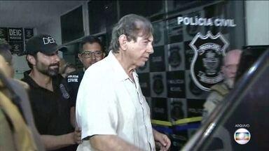 Polícia Civil e MP de Goiás encontram cerca de R$405 mil em endereço de João de Deus - A polícia informou que está investigando a origem do dinheiro e de cinco armas apreendidas, uma delas estava com a numeração raspada.