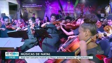 Concerto musical é realizado na Praça Jerônimo Monteiro, em Cachoeiro - Evento faz parte da programação de Natal.
