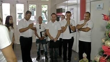Grupos de coral vão até hospitais de Corumbá para alegrar pacientes - undefined