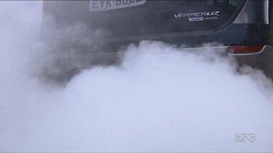 Bandidos utilizam equipamento que espalha fumaça para fugir da polícia - O equipamento é instalado em carros usados para contrabandear mercadorias.