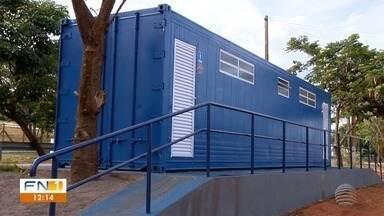 Prefeitura faz estrutura para banheiros públicos em Presidente Epitácio - Uma equipe foi designada para efetuar a limpeza dos sanitários neste fim de ano.