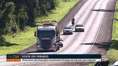 Feriado tem 21 acidentes, 22 feridos e uma morte na região dos Campos Gerais - O balanço é da Polícia Rodoviária Federal e mostra redução no número de mortes em relação ao ano passado.