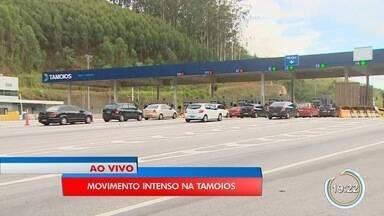 Estradas que cortam o Vale do Paraíba têm tráfego intenso - O repórter Arthur Costa esteve na rodovia dos Tamoios e o Marcelo Hespaña na Dutra.