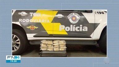 Dupla é presa com mais de 20 quilos de cocaína em Presidente Epitácio - Homens serão levados para o CDP de Caiuá.