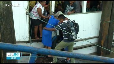 Mesmo interditado, trapiche de Icoaraci apresenta riscos para passageiros - Parte da estrutura continua sendo usada.