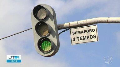 Mudanças no trânsito prejudicam fluidez do trânsito em vários pontos de Santarém - As alterações foram propostas e feitas pela Secretaria Municipal de Mobilidade e Trânsito (SMT).