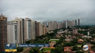 Confira a previsão do tempo para esta quinta-feira (27) em Ribeirão Preto - Há possibilidade de pancadas de chuva.