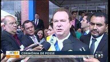 Governador Carlesse fala sobre a administração do estado pela primeira vez após posse - Governador Mauro Carlesse toma posse em cerimônia na Assembleia Legislativa