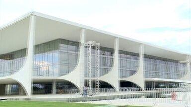 Ministros de Temer são exonerados para que nova equipe tome posse nesta terça (1º) - O Diário Oficial da União deu início à troca de governo. Os ministros de Michel Temer foram exonerados. Nesta terça, Jair Bolsonaro irá empossar toda sua equipe.