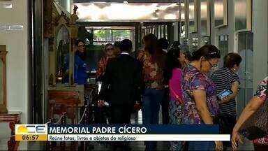 Memorial Padre Cícero completa 30 anos - Espaço reúne fotos, livros e objeto do religioso considerado santo pelos nordestinos