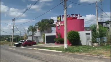 Feminicídio: Mulher é morta em motel de Jaguariúna - A mulher trabalhava em uma padaria em Pedreira e foi morta pelo ex-companheiro dentro de um motel em Jaguariúna. O homem tentou fugir e foi preso depois de sofrer um acidente na cidade de Estiva Gerbi.