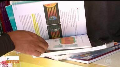 Pais buscam alternativas para economizar no material escolar dos filhos - Pais buscam alternativas para economizar no material escolar dos filhos