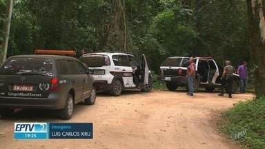 Dois corpos são encontrados em cemitério clandestino, em Cabreúva - As vítimas seriam moradores de Vinhedo (SP), e já estavam desaparecidos há um ano. Um deles era Guarda Municipal.