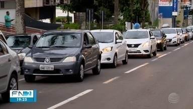 Motoristas de aplicativos de transporte protestam em Presidente Prudente - Grupo pede aumento no prazo do decreto que regulamenta o serviço.