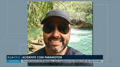Corpo de piloto de paramotor passa por dois IMLs antes de ser liberado para a família - Luciano Tomitano, de 42 anos, morreu nessa quarta-feira (2) depois de cair com o paramotor em Arapongas.