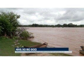Nível do Rio Doce sobe com as chuvas do fim de ano e preocupa moradores em Valadares - Ainda não há riscos de alagamentos.