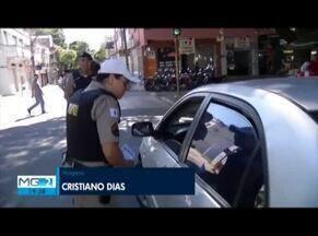 Operação Férias Seguras da PM orienta população em Governador Valadares - Objetivo é garantir segurança nas férias.