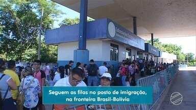 Seguem as filas no posto de imigração em Corumbá - Posto fica na fronteira entre o Brasil e a Bolívia.