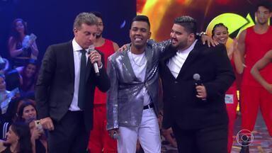 MC MM e DJ RD cantam 'Só quer vrau' - Música é a décima colocada no Caldeirão de Ouro