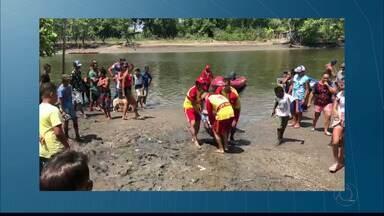 Encontrado corpo do jovem que se afogou no Rio Paraíba, em Bayeux - O corpo de Carlos Eduardo Quirino foi encontrado com a ajuda dos amigos e parentes dele.