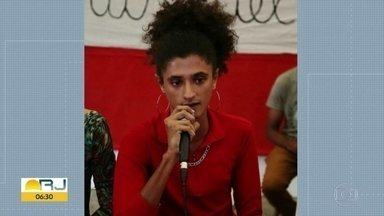 Polícia conclui inquérito da morte da estudante Matheusa Passarelli - Ela foi assassinada por traficantes do Morro do 18, em Água Santa, na Zona Norte do Rio, em abril do ano passado. A polícia concluiu que Matheusa foi morta ao tentar tirar a arma de um traficante.