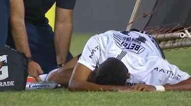 Cena forte! Jogador paraibano do Corinthians sofre lesão grave em jogo da Copinha - Fessim sofre fratura na perna e vai ser operado nesta quarta-feira