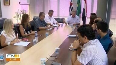 Reunião discute reajuste na tarifa do transporte coletivo urbano - Encontro foi realizado na Prefeitura de Presidente Prudente.