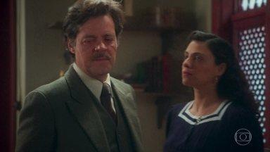 Eugênio avisa a Maristela que ela está proibida de ver Danilo - Ele diz ainda que Henrique fica com ele, por bem ou por mal