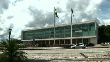 """Governador está preocupado com o sistema de controle da caixa do Estado - Ratinho Júnior diz estar """"voando no escuro""""."""