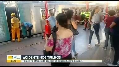 Passageiro é atropelado por trem no Centro - O acidente aconteceu na estação da Central do Brasil.