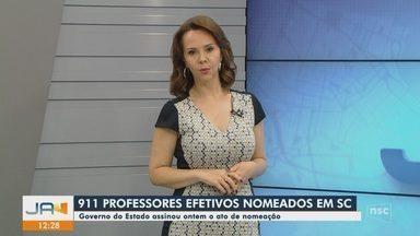 Governador Carlos Moisés assina ato de nomeação de 911 professores da rede estadual - Governador Carlos Moisés assina ato de nomeação de 911 professores da rede estadual