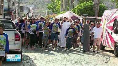 Romeiros chegam na cidade de Taquaritinga do Norte - Santo Amaro é o padroeiro da cidade