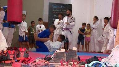 Projeto social leva jiu-jitsu a jovens no litoral gaúcho - Assista ao vídeo.