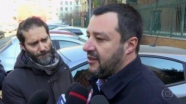 Na Itália, prisão de Cesare Battisti é comemorada - Prisão de Battisti, um dos poucos assuntos que une todos os partidos políticos italianos, foi comemorada com frases de efeito. A correspondente Ilze Scamparini mostra a repercussão.