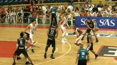 Mogi Basquete vence Cearense - Partida aconteceu em Fortaleza e o jogo ficou 60 x 73.