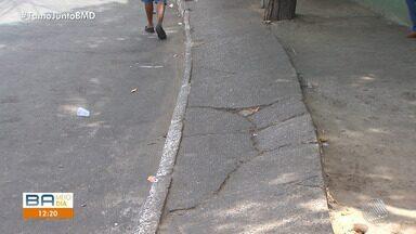 Fazenda Grande 3: moradores reclamam de calçadas esburacadas no bairro - A reportagem foi até o local conferir o problema.