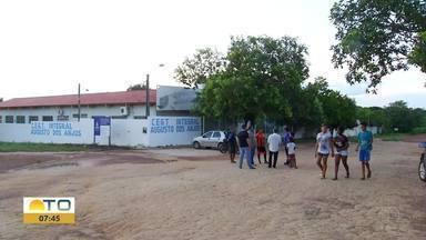 Escola estadual com capacidade para 600 alunos foi fechada em Palmas - Escola estadual com capacidade para 600 alunos foi fechada em Palmas