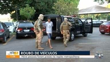 Operação prende nove pessoas suspeitas de roubo de veículos em Goiânia - Elas foram levadas para o Complexo de Delegacias Especializadas da capital.