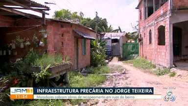 Moradores denunciam infraestrutura precária de ruas em comunidade de Manaus - Denúncia foi feita no bairro Jorge Teixeira.