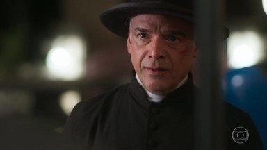 Padre Luiz pede notícias a Bendita sobre Piedade - Ele recusa convite para entrar na casa do coronel