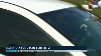 Beto Richa deixa a prisão na manhã desta sexta-feira (1) - Ex-governador ficou preso uma semana.