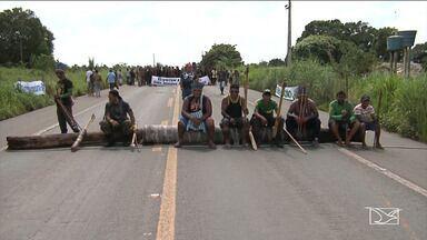 Grupo de indígenas interdita trecho de rodovia no Maranhão - Índios temem que as mudanças na estrutura da Funai possam provocar a paralisação de processos de demarcação das terras indígenas.