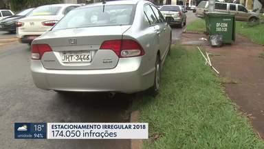 Telespectadores flagram carros estacionados em locais proibidos - Em janeiro de 2019, mais 12 mil motoristas foram autuados por estacionarem de forma irregular.