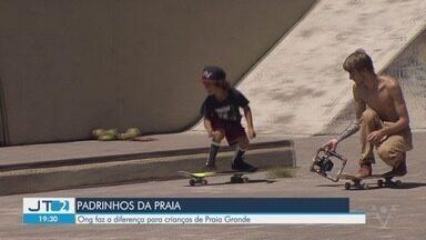 Projeto oferece esportes gratuitos para crianças em Praia Grande - A ONG Padrinhos da Praia faz a diferença na cidade.