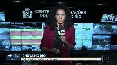 Boletim: chove de fraco a moderado em várias regiões do Rio na manhã desta quarta (13) - Na manhã desta quarta-feira (13), chove de fraco a moderado em toda a cidade do Rio de Janeiro. Mesmo assim, permanece o estágio de atenção. As equipes continuam de plantão.