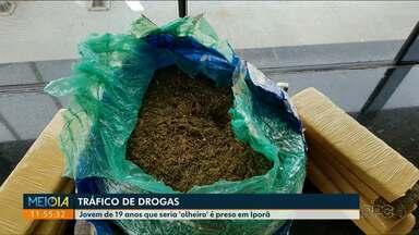 Jovem que seria 'olheiro' é preso por tráfico de drogas em Iporã - Um carro foi apreendido com 12 kg de maconha.